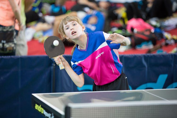 Warum Tischtennis ein toller Sport ist? Wie wär's zunächst hiermit: Es ist deshalb toll, weil es von Jung... (©Fabig)