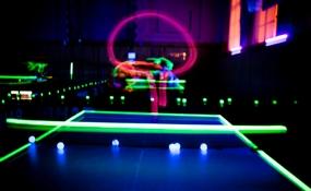 Leuchtende tennisbälle